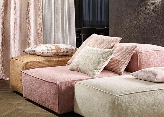 Hervorragend Möbel neu tapezieren in Enns bei Linz PI28